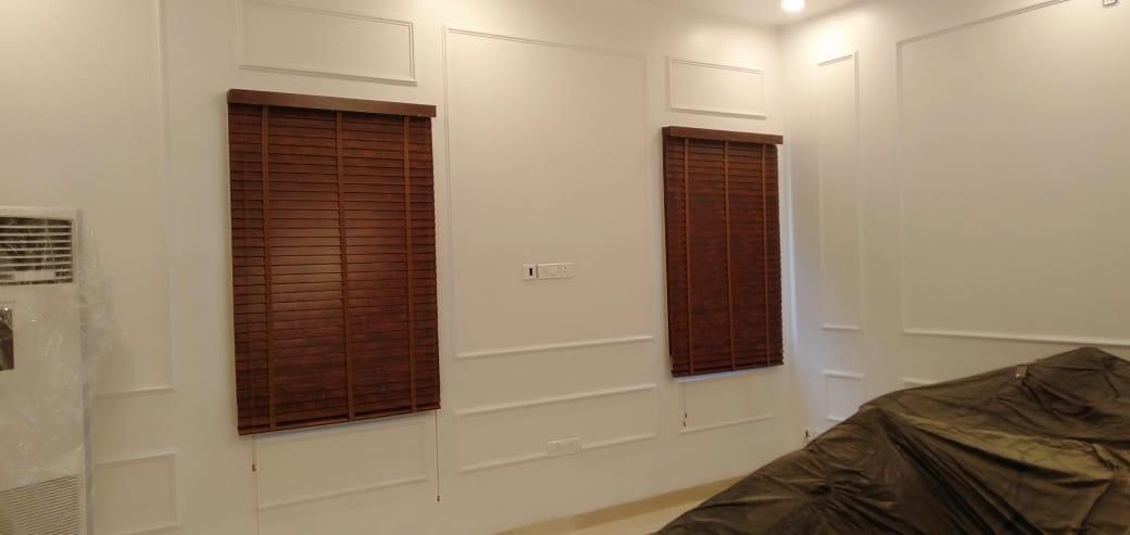 Room Wood Blind